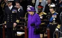"""英国皇家海军""""伊丽莎白女王""""号航母服役"""