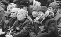 从政治精英理念转型的视角解释中国人口政策的历史分期