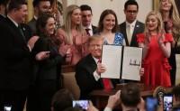 特朗普签署行政命令,保障大学校园言论自由