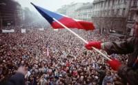 沈志华:从档案看东欧各国社会制度转型