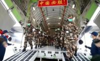 美学者分析中国军队应对武汉疫情时的后勤保障能力