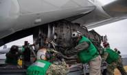 美国海军完成F-35C发动机首次海上补给