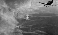 从朝鲜战场美军兴南大撤退看近距空中支援作战中航母的重要性