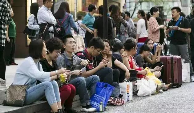 中国游客赴日购物