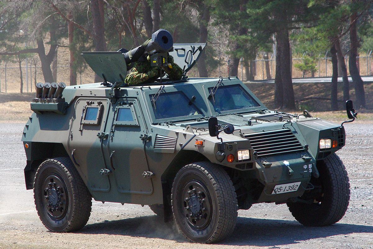 轻装甲机动车(LAV)