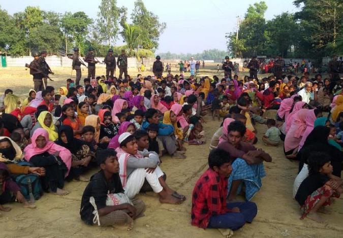 罗兴亚难民在孟加拉受到安全人员的严加看管(联合早报)